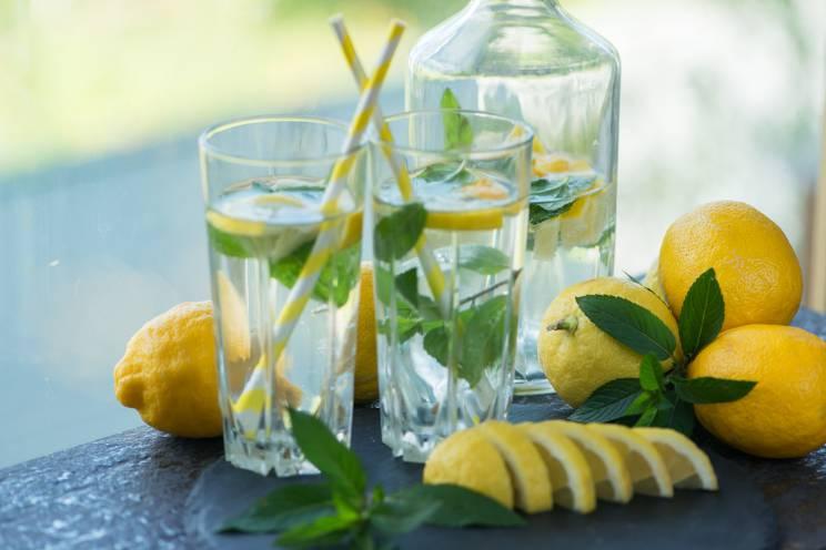 Diyet listesi limonlu su
